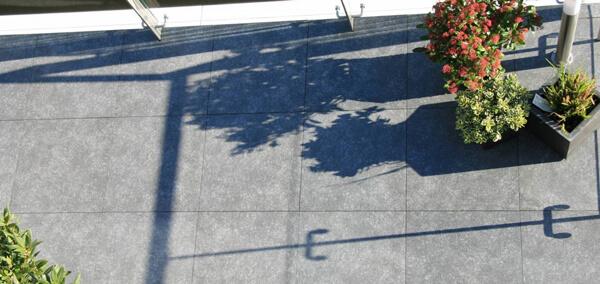 Verwerking van Keramische tegels Quite Light